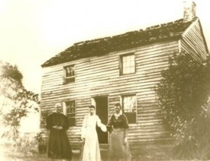 Mary Ralston Kennedy and daughters in Kansas