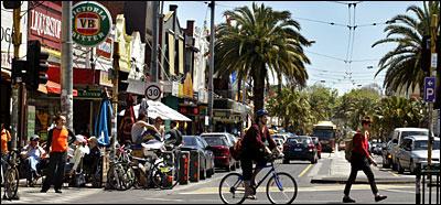 acland street scene