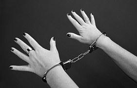 handcuffs-964522__180
